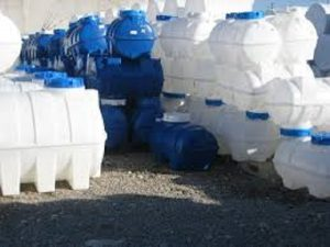 مخزن پلی اتیلن ذخیره آب